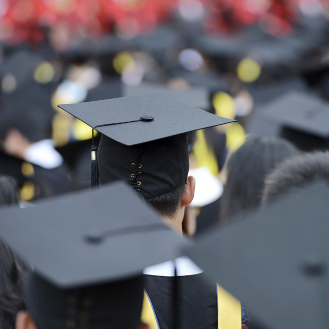 5 Tips to Help Wrap Up the Semester Before Graduation
