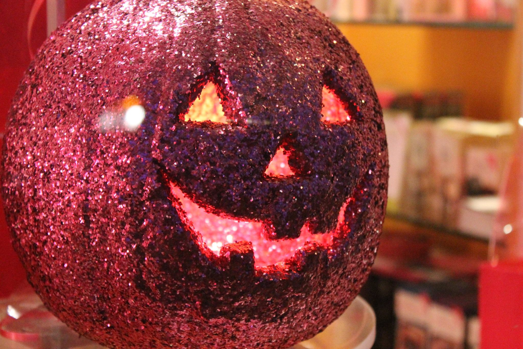 5 Short Safety Tips for Halloween
